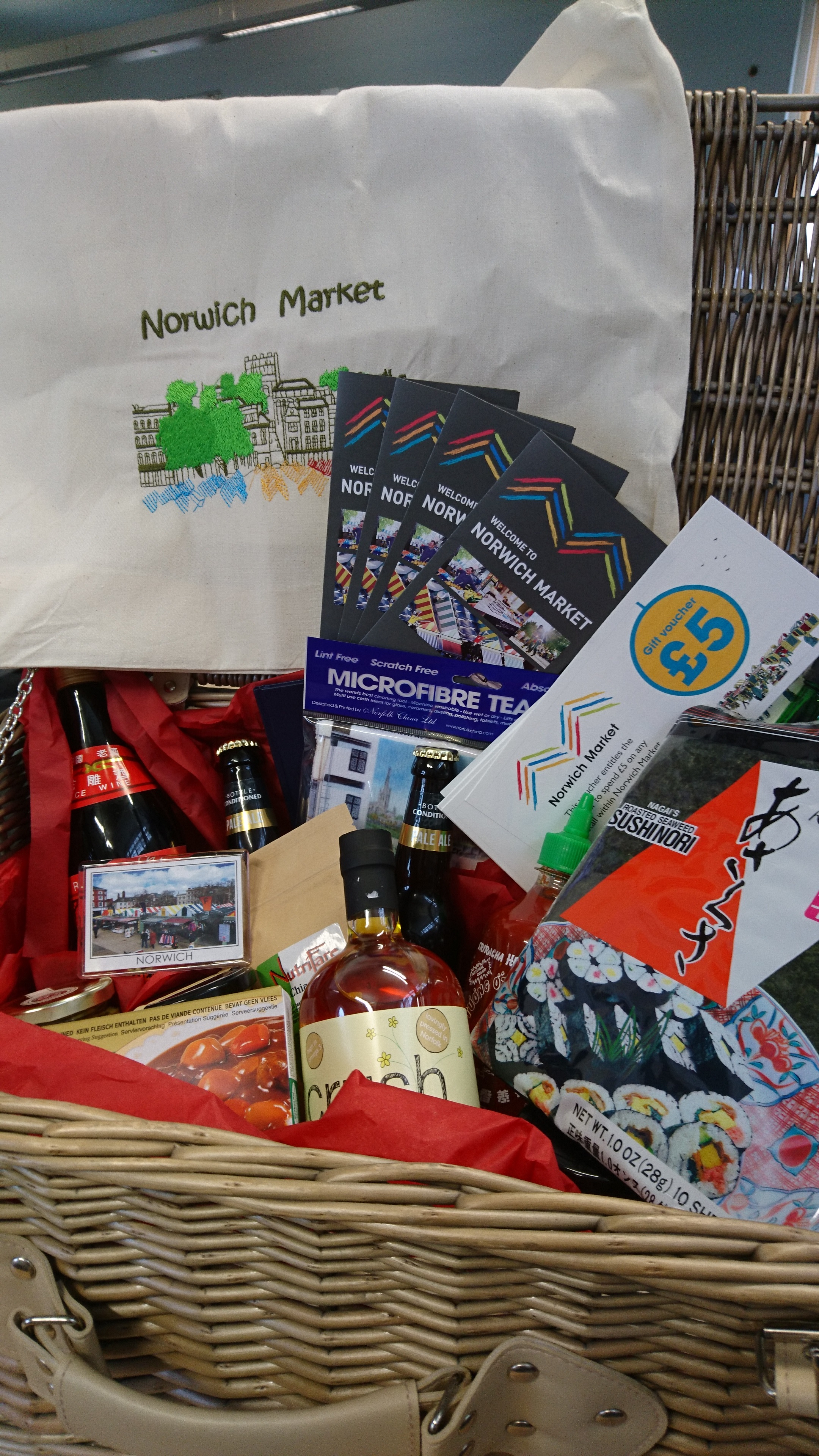 Norwich Market Christmas Hamper